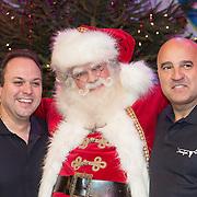 NLD/Hilversum /20131210 - Sky Radio Christmas Tree For Charity 2013, Frans Bauer en John van den Heuvel met de kerstman