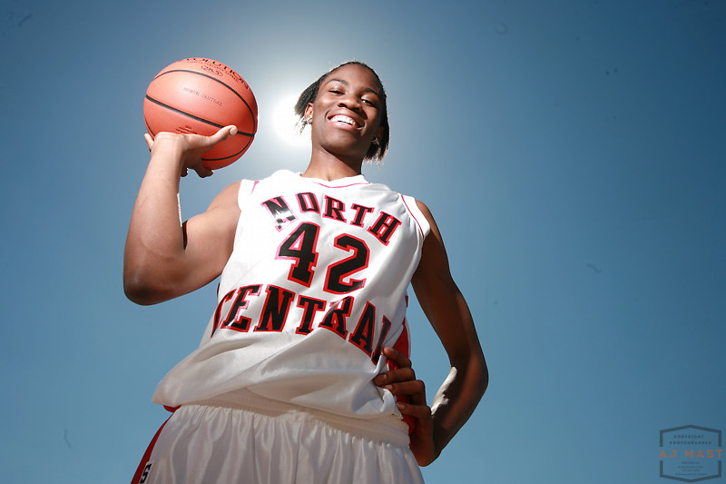 24 April 2006: Amber Harris portrait with basketball at North Central High School in Indianapolis, Ind.  ........***LOW RES FPO ONLY, HIGH RES AVALIBLE OFFLINE***