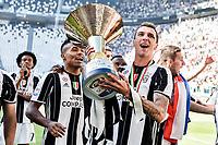 Alex Sandro, Mario Mandzukic<br /> Esultanza Juventus Campione d'Italia . Celebration Juventus Italian championship winner <br /> Torino 21-05-2017 Juventus Stadium Football Calcio Serie A 2016/2017 Juventus - Crotone .<br /> Foto Insidefoto