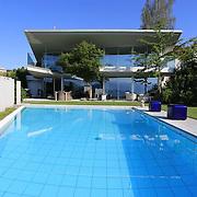 Modern Pool 936