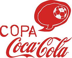Imagens gratuitas da Copa Coca-Cola. A Copa Coca-Cola é mais do que um campeonato para os jovens, é também uma celebração para as comunidades. Além da prática esportiva, cada campo vai reunir uma série de atividades para quem não estiver na disputa dentro das quatro linhas.