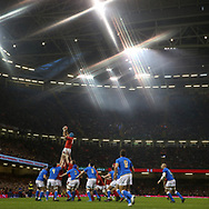 a general view of a line out. Wales v Italy , NatWest 6 nations 2018 championship match at the Principality Stadium in Cardiff , South Wales on Sunday 11th March 2018. pic by Andrew Orchard, Andrew Orchard sports photography