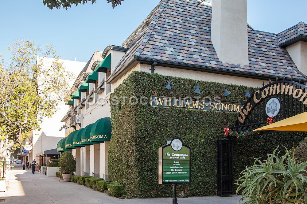 The Commons Shopping Plaza Pasadena California