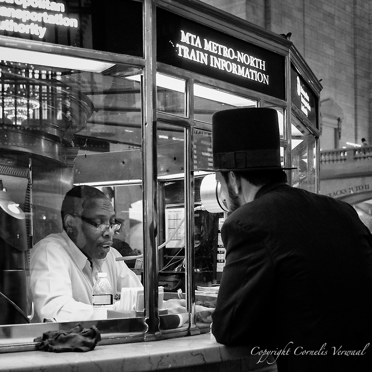 Abraham Lincoln takes the train; Grand Central Terminal; New York City.