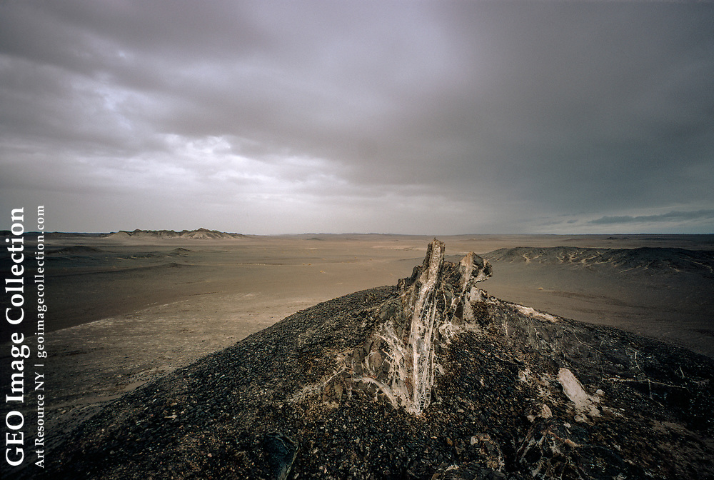 The edge of the great sand desert called Dash-e-Lut