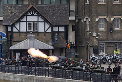 © Licensed to London News Pictures.10/04/2021. London, UK. The Honourable Artillery Company fire a salute at The Tower of London to mark the death of Prince Philip. Gun salutes are taking place across the UK and on Royal Navy ships. Yesterday Buckingham Palace announced that Prince Philip The Duke of Edinburgh passed away in the morning at Windsor Castle . Photo credit: George Cracknell Wright/LNP