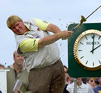 Golf<br /> Foto: SBI/Digitalsport<br /> NORWAY ONLY<br /> <br /> 2005 Open Championship, St. Andrews.<br /> Friday 15/07/2005<br /> <br /> John Daly takes some turf with hiom as he drives at 16th