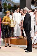 Koningin Maxima opent nieuw duurzaam gerenoveerde kantoor van de Goede Doelen Loterijen<br /> <br /> Queen Maxima opens new, sustainably renovated office of the Charity Lotteries<br /> <br /> Op de foto / On the photo:  Koningin Maxima tijdens de openingshadeling / Queen Maxima
