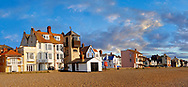 Sea front houses, lifeboat look out tower  and shingle beach of Aldeburgh - Suffolk - England .<br /> <br /> Visit our ENGLAND PHOTO COLLECTIONS for more photos to download or buy as wall art prints https://funkystock.photoshelter.com/gallery-collection/Pictures-Images-of-England-Photos-of-English-Historic-Landmark-Sites/C0000SnAAiGINuEQ