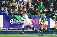England player Jessica Breach runs down the sideline to score a try in the first half during the Women's 6 Nations match between Ireland Women and England Women at Energia Park, Dublin, Ireland on 1 February 2019.