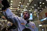 GET-ligaen Ice Hockey, 27. october 2016 ,  Stavanger Oilers v Stjernen<br />Mats Larsen Mostue fra Stavanger Oilers etter kampen mot Stjernen<br />Foto: Andrew Halseid Budd , Digitalsport