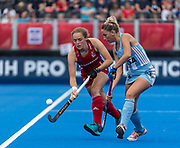 Erica Sanders of Great Britain Women is watched by Micaela Retegui of Argentina Women during the 2019 Women's FIH Pro League match at Lee Valley Hockey Centre, Stratford<br /> Picture by Simon Parker/Focus Images Ltd <br /> 18/05/2019