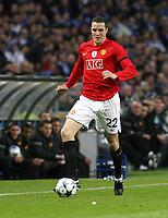 20090415: PORTO, PORTUGAL - FC Porto vs Manchester United: Champions League 2008/2009 – Quarter Finals – 2nd leg. In picture: John O'Shea . PHOTO: Manuel Azevedo/CITYFILES