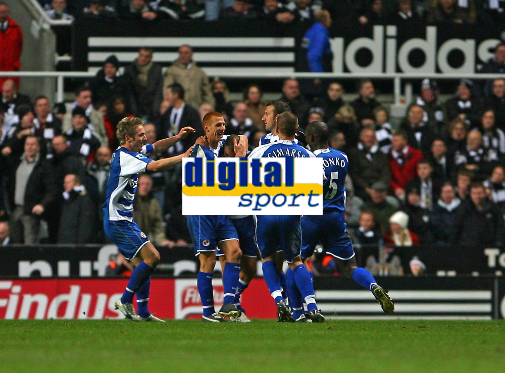 Photo: Andrew Unwin.<br /> Newcastle United v Reading. The Barclays Premiership. 06/12/2006.<br /> Reading celebrate James Harper's second goal.