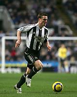 Photo: Andrew Unwin.<br />Newcastle United v Everton. The Barclays Premiership. 25/02/2006.<br />Newcastle's Scott Parker.