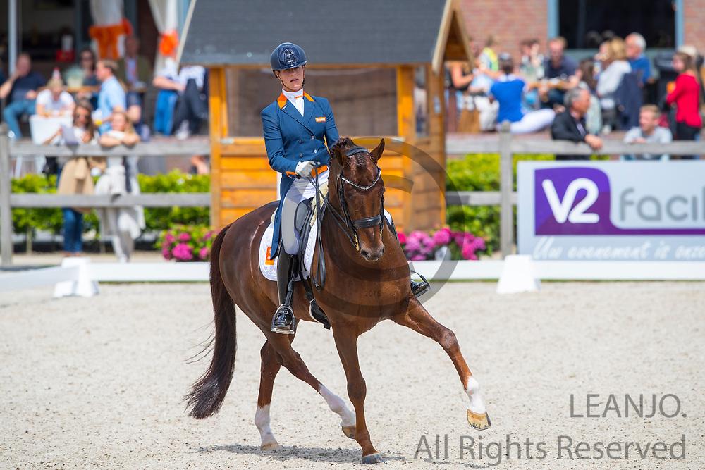 Adelinde Cornelissen - Fleau de Baian<br /> Nederlands Kampioenschap 2017<br /> WK Selectie Jonge Dressuurpaarden<br /> © DigiShots