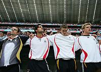 Fotball<br /> VM 2006<br /> 09.06.2006<br /> Tyskland v Costa Rica<br /> Foto: Witters/Digitalsport<br /> NORWAY ONLY<br /> <br /> v.l. Michael Ballack, Robert Huth, Marcell Jansen<br /> Fussball WM 2006 Deutschland - Costa Rica 4:2