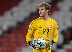 Frederik Rønnow (Danmark) under kampen i Nations League mellem Danmark og Island den 15. november 2020 i Parken, København (Foto: Claus Birch).