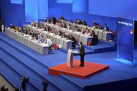 17 NOV 2003, BOCHUM/GERMANY:<br /> Uebersicht Podium SPD Bundesparteitag waehrend der Rede von Gerhard Schroeder, SPD, Bundeskanzler, Ruhr-Congress-Zentrum<br /> IMAGE: 20031119-01-052<br /> KEYWORDS: Parteitag, party congress, SPD-Bundesparteitag, Übersicht, Gerhard Schröder