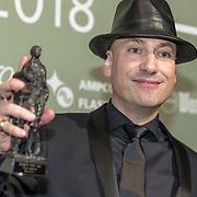 NLD/Amsterdam/20180213 - Edison Pop Awards 2018, Extince wint een ouevreaward