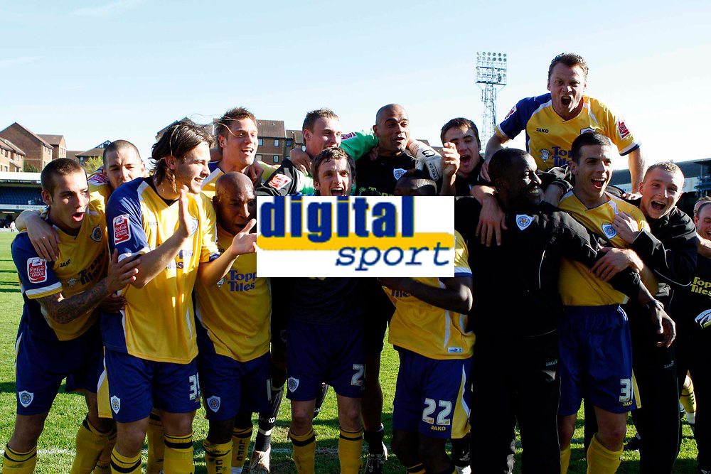 Coca-Cola League One - Southend United vs. Leicester City<br /> Leicester City's players celebrate their promotion to the Championship after winning the league.<br /> Credit: Colorsport/ Garry Bowden
