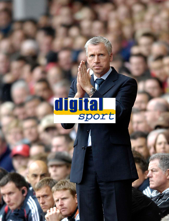 Photo: Jed Wee/Sportsbeat Images.<br /> Liverpool v Charlton Athletic. The Barclays Premiership. 13/05/2007.<br /> <br /> Charlton manager Alan Pardew seems to be making a plea to a higher power that his team will cope in the Championship next season.