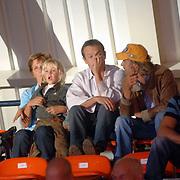 NLD/Eindhoven/20060827 - RTL Dancing on Ice 2006, moeder Wendy van Dijk en kleinzoon Sem, Chris Zegers