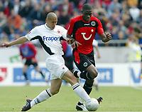 Fotball<br /> Bundesliga 2003/04<br /> Hannover 96 v Eintracht Frankfurt<br /> 8.mai 2004<br /> Foto: Digitalsport<br /> NORWAY ONLY<br /> <br /> DU-RI CHA, Mohammadou Idrissou