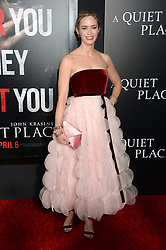 April 2, 2018 - New York, New York, USA - Emily Blunt bei der Premiere des Kinofilms 'A Quiet Place' im AMC Lincoln Square. New York, 02.04.2018 (Credit Image: © Future-Image via ZUMA Press)