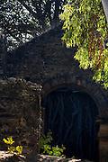 Varzea da Palma_MG, Brasil...Ruinas de pedra da igreja Bom Jesus do Matozinhos, costruida por escravos entre os anos de 1650 e 1679 as margens do Rio das Velhas...Stones ruins in the  church Bom Jesus do Matozinhos, it was built between 1650 and 1679 next to the Rio das Velhas...Foto: LEO DRUMOND / NITRO