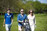 ALMERE - Open Golfdag van de NGF / NVG . gezin mee naar de golfbaan.  COPYRIGHT KOEN SUYK
