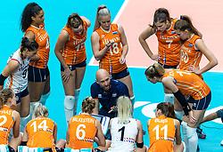20-10-2018 JPN: Final World Championship Volleyball Women day 18, Yokohama<br /> China - Netherlands 3-0 / Team Netherlands, Coach Jamie Morrison of Netherlands