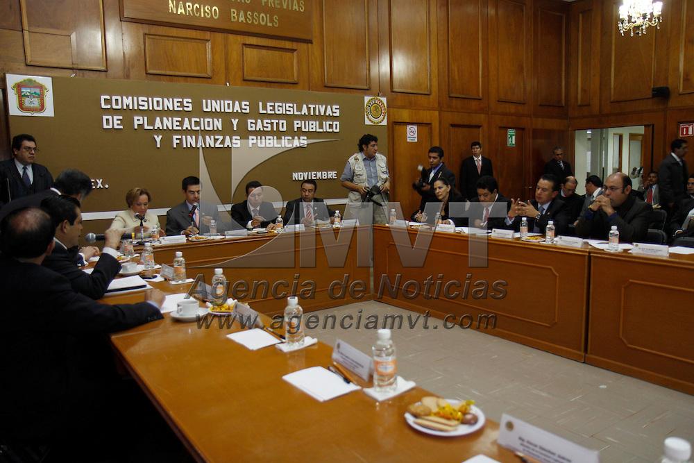 TOLUCA, México.- La comisión de Planeación y Gasto Público de la LVII Legislatura local aprobó incluir en el presupuesto para el Ejercicio Fiscal 2011 una aportación estatal fija de 73 millones de pesos al TELETON. Agencia MVT / Crisanta Espinosa. (DIGITAL)