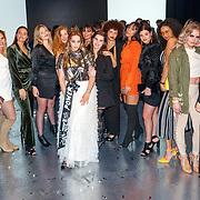 NLD/Amsterdam/20180416 - Finale 1e Curvy Supermodel 2018, ex deelneemsters en vriendinnen van Jo-Ann van den Herik
