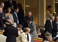 Picture: Henry Browne.Digitalsport<br /> Date: 08/08/2004.<br /> Arsenal v Manchester United FA Community Shield.<br /> <br /> Sven gets seated.