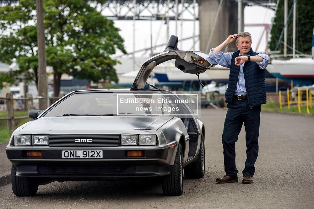 Scottish Lib Dem leader Willie Rennie has fun in South Queensferry in a DeLorean back to the future car.<br /> <br /> © Dave Johnston/ EEm