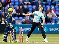 Surrey's Morne Morkel bowls to Glamorgan's Craig Meschede<br /> <br /> Photographer Simon King/Replay Images<br /> <br /> Vitality Blast T20 - Round 14 - Glamorgan v Surrey - Friday 17th August 2018 - Sophia Gardens - Cardiff<br /> <br /> World Copyright © Replay Images . All rights reserved. info@replayimages.co.uk - http://replayimages.co.uk