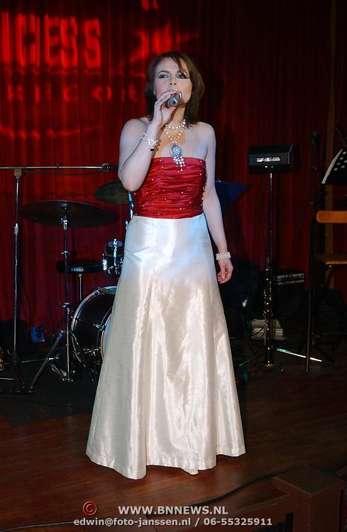 Kerstborrel Princess 2004, Maaike Widdershoven