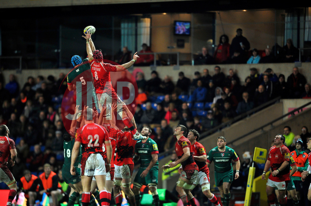 Graham Kitchener of Leicester Tigers and Opeti Fonua of London Welsh compete for the ball at a lineout - Photo mandatory by-line: Patrick Khachfe/JMP - Mobile: 07966 386802 23/11/2014 - SPORT - RUGBY UNION - Oxford - Kassam Stadium - London Welsh v Leicester Tigers - Aviva Premiership