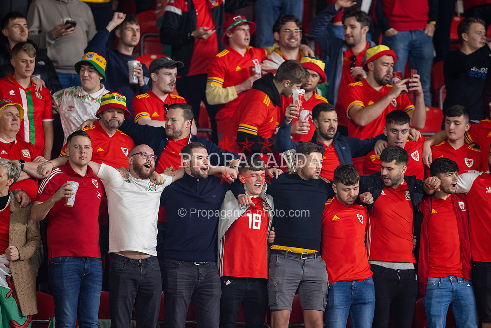 PRAGUE, CZECH REPUBLIC - Friday, October 8, 2021: Wales supporters sing their national anthem before the FIFA World Cup Qatar 2022 Qualifying Group E match between Czech Republic and Wales at the Sinobo Stadium. The game ended in a 2-2 draw. (Pic by David Rawcliffe/Propaganda)