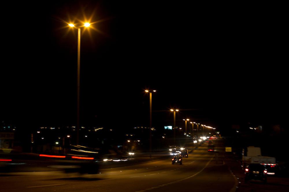 Betim_MG, Brasil.<br /> <br /> Rodovia 381 em Betim, Minas Gerais.<br /> <br /> The righway 381 in Betim, Minas Gerais.<br /> <br /> Foto: MARCUS DESIMONI / NITRO