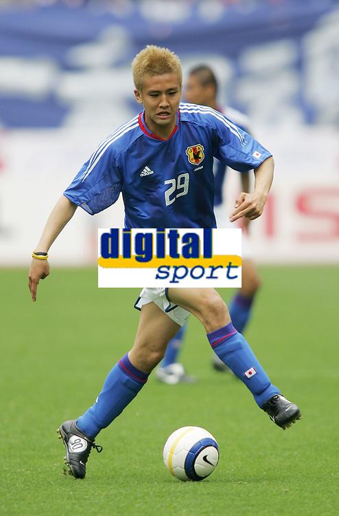 Junichi Inamoto (JPN), <br /> MAY 22, 2005 - Football : <br /> KIRIN CUP SOCCER 2005 <br /> between Japan 0-1 Peru <br /> at Niigata Stadium Big Swan, Niigata, Japan. <br /> (Photo by AFLO SPORT/Digitalsport<br /> Norway only