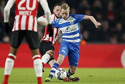 (L-R) Bart Ramselaar of PSV, Rick Dekker of PEC Zwolle during the Dutch Eredivisie match between PSV Eindhoven and PEC Zwolle at the Phillips stadium on February 03, 2018 in Eindhoven, The Netherlands