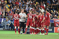 KIEV, UKRAINE - MAY 26: Jurgen Klopp, Manager of Liverpool talks with his team during the UEFA Champions League final between Real Madrid and Liverpool at NSC Olimpiyskiy Stadium on May 26, 2018 in Kiev, Ukraine. (MB Media)