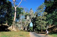 Asie du Sud Est, Cambodge, Province de Siem Reap, Angkor, complexe des temples de Angkor, Patrimoine Mondial de l'UNESCO en 1992, temple de Angkor Thom, porte Nord// Southeast Asia, Cambodia, Siem Reap Province, Angkor site, Unesco world heritage since 1992, Angkor Thom temple, North entry gate