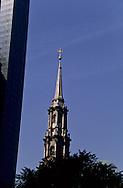 saint paul chapel  bell tower and millenium hotel .  Manhattan  New york  Usa /   chapelle saint paul Manhattan