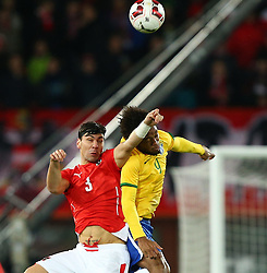 18.11.2014, Ernst Happel Stadion, Wien, AUT, Freundschaftsspiel, Oesterreich vs Brasilien, im Bild Alexandar Dragovic (AUT) und Luiz Adriano (BRA) // during the friendly match between Austria and Brasil at the Ernst Happel Stadion, Vienna, Austria on 2014/11/18. EXPA Pictures © 2014, PhotoCredit: EXPA/ Thomas Haumer