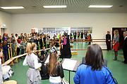 Prinses Maxima bezoekt het muziekproject 'n Klinkend Perspectief in Multifunctioneel Centrum Landgraaf.<br /> <br /> Princess Maxima visited the music project 's Perspective sounding in the Multifunctional Centre in Landgraaf.<br /> <br /> Op de foto / On the photo: Prinses Maxima