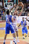 DESCRIZIONE : Roma Lega serie A 2013/14 Acea Virtus Roma Banco Di Sardegna Sassari<br /> GIOCATORE : Jimmy Baron<br /> CATEGORIA : passaggio<br /> SQUADRA : Acea Virtus Roma<br /> EVENTO : Campionato Lega Serie A 2013-2014<br /> GARA : Acea Virtus Roma Banco Di Sardegna Sassari<br /> DATA : 22/12/2013<br /> SPORT : Pallacanestro<br /> AUTORE : Agenzia Ciamillo-Castoria/ManoloGreco<br /> Galleria : Lega Seria A 2013-2014<br /> Fotonotizia : Roma Lega serie A 2013/14 Acea Virtus Roma Banco Di Sardegna Sassari<br /> Predefinita :
