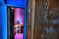 Created over 60 years ago, in a <br /> seventeenth century's building , it bears the name of the gypsy girl who illuminates with her grace, the novel by Victor Hugo.<br /> Contrary to what one might think, it is not the oldest hotel in Paris, but it is inside one of the oldest house of the capital.<br /> Several rooms offer stunning views of the towers of Notre Dame and the Seine. In this setting of old stone with exposed beams and tiled floors, artists like Hugo Pratt, Béjart or  Gainsbourg often stopped here... Decorated with antiques collected at the flea market, each room has its personality.<br /> Sometimes, the shadow of Quasimodo glides over the towers.<br /> <br /> Créé il y a une soixantaine d'années dans un bâtiment du XVIIe siècle, cet hotel porte le nom de la gitane qui illumine de sa grâce le roman de Victor Hugo.<br /> Contrairement à ce qu'on pourrait penser, ce n'est pas le plus vieil hôtel de Paris, mais il est dans l'une des plus anciennes maisons de la capitale.<br /> <br /> Plusieurs chambres offrent une vue imprenable sur les tours de Notre-Dame et la Seine. Dans ce cadre de vieilles pierres avec poutres apparentes et carrelage au sol, des artistes comme Hugo Pratt, Béjart ou Gainsbourg s'arrêtait souvent ici ... Décoré avec des antiquités recueillies au marché aux puces, chaque chambre a sa propre personnalité.<br /> Parfois, l'ombre de Quasimodo glisse sur les tours.